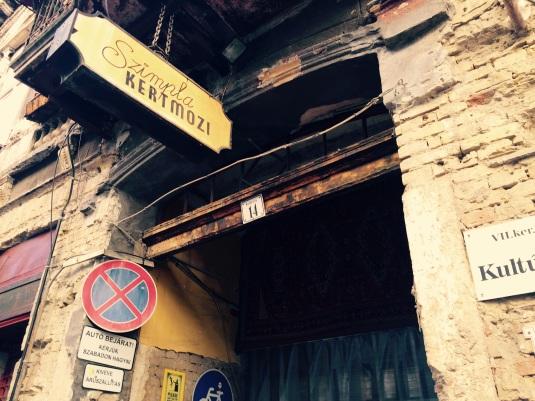 Ruin Pubs